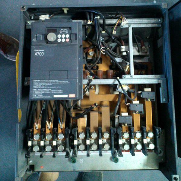 三菱大功率变频器现场维修