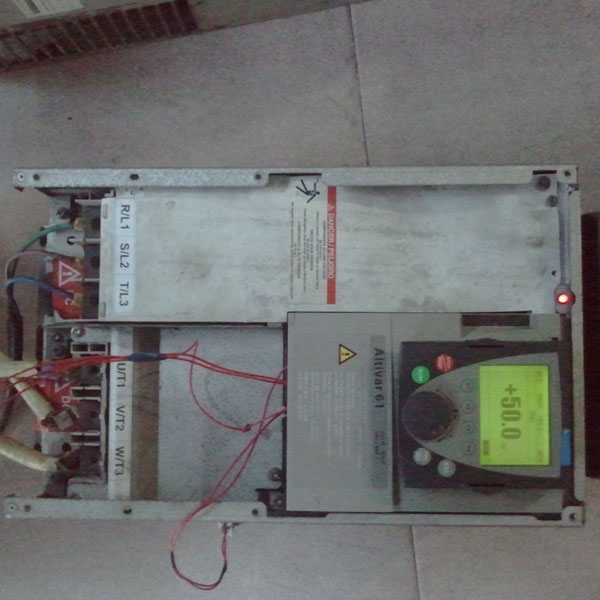 施耐德atv71-变频器维修